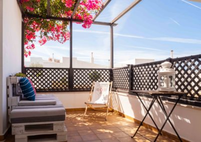 108 Yoga • Waves • Experience - The Terrace  Copia