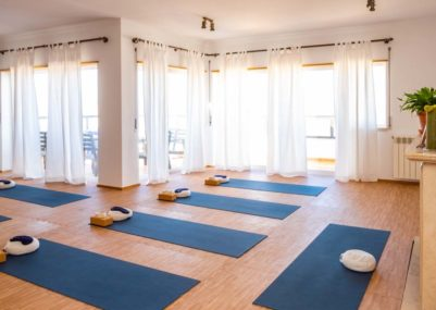 108 Yoga • Waves • Experience - Yoga Room